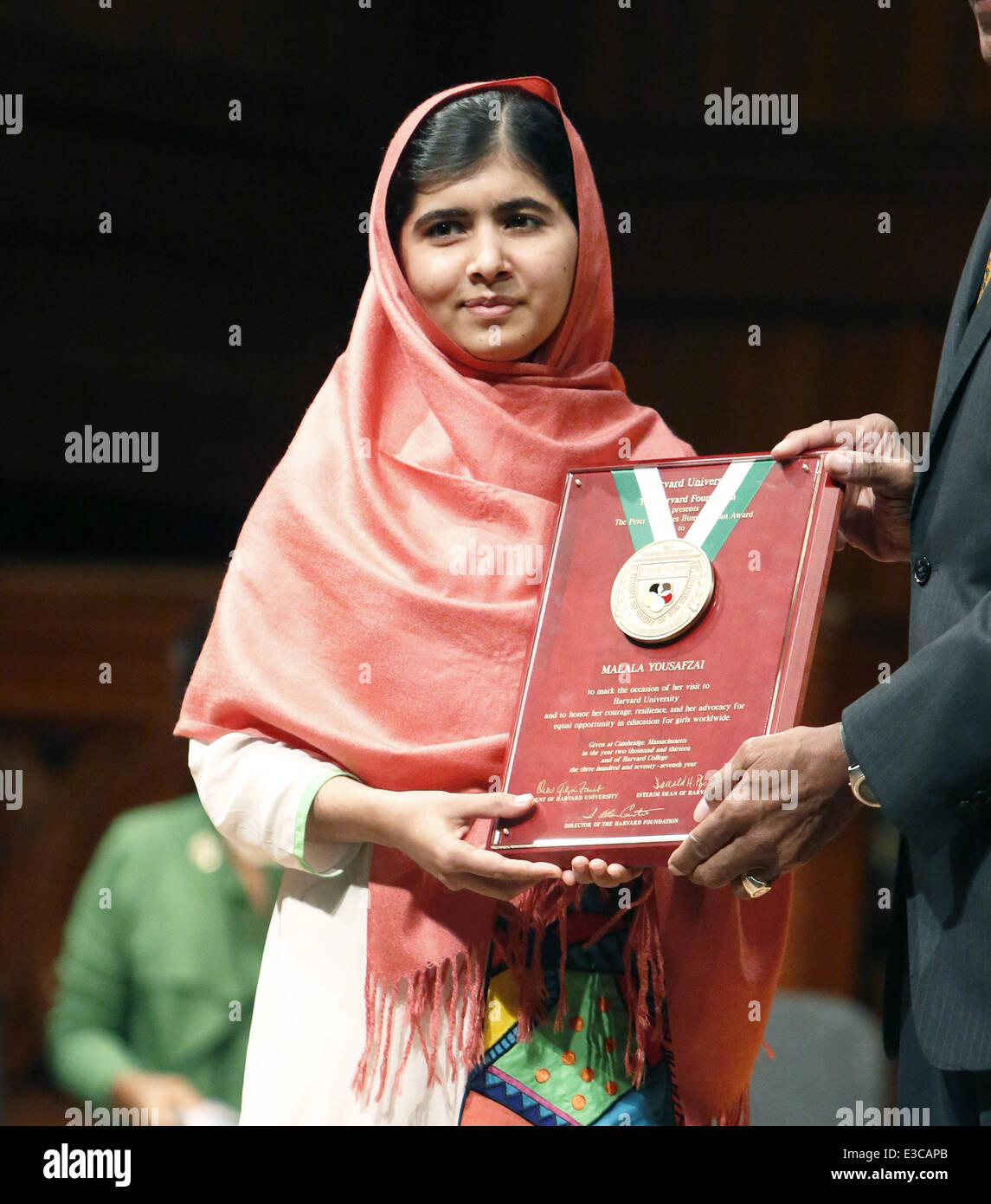malala yousafszai address to the un Malala yousafzai, schoolgirl shot by taliban the much-anticipated address will be the first time the pakistani teenager has malala yousafzai, united nations.