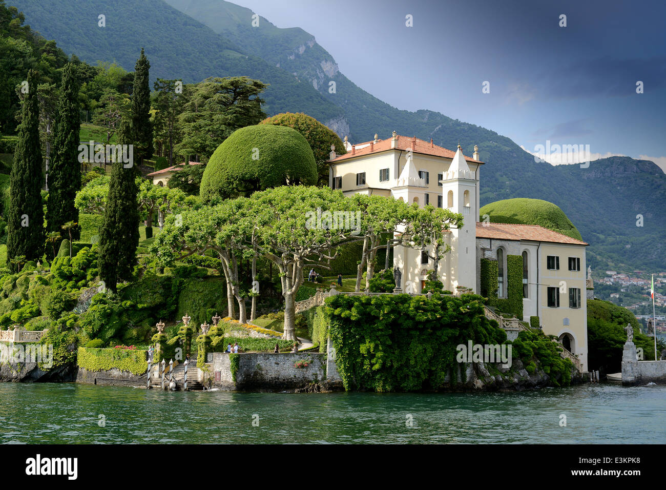 Villa balbianello gardens garden lenno lake como italy for Gardens and villa