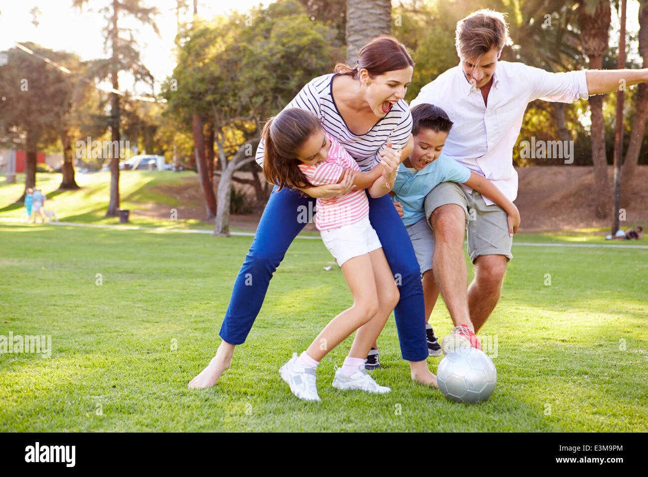 families and sports From the front desk staff to the cleaning team, one always feels welcome at sport and health colleen d - sport&health i would highly recommend this gym to anyone who is searching for a family,friendly atmosphere you won't regret sau f.