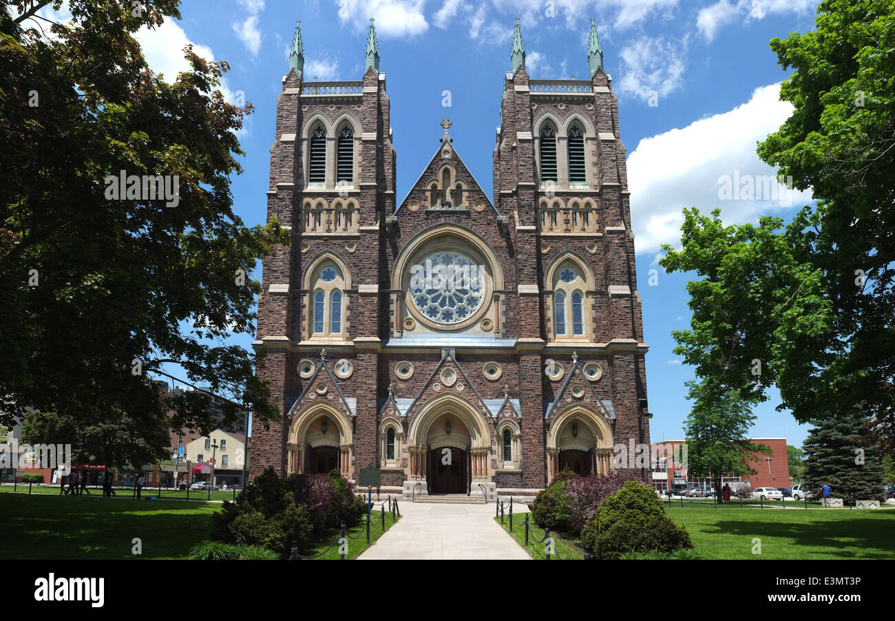 St peter 39 s cathedral basilica in london ontario canada for 8 cuisine london ontario