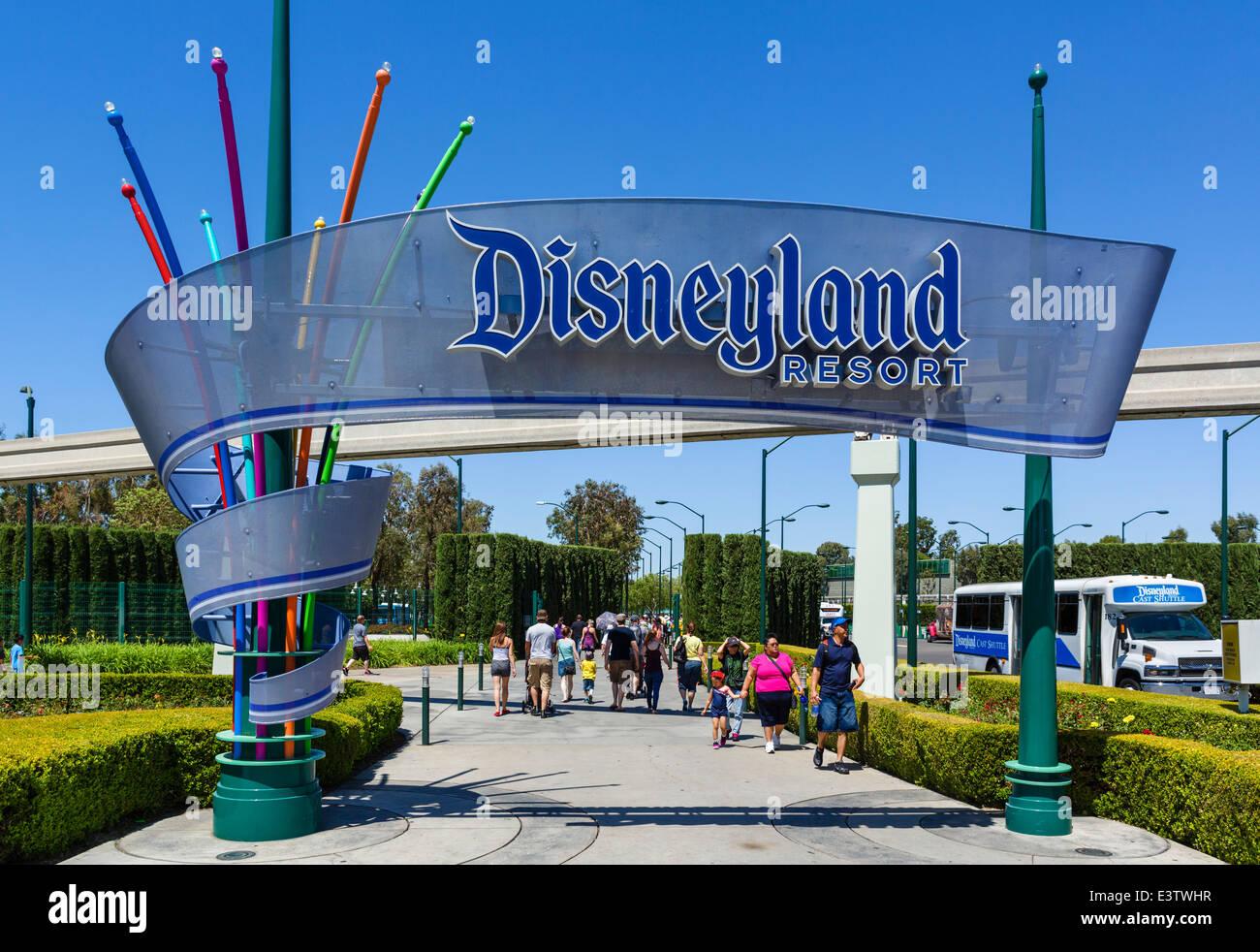 Harbor Blvd Hotels Near Disneyland, CA | Courtyard Anaheim