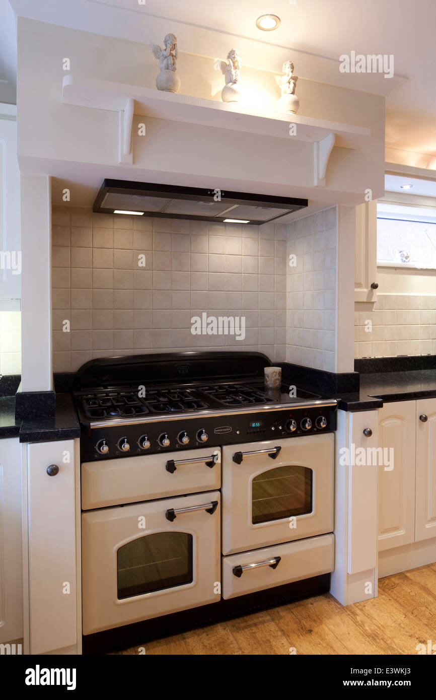Range oven in modern country style kitchen cheshire uk for Modern country style