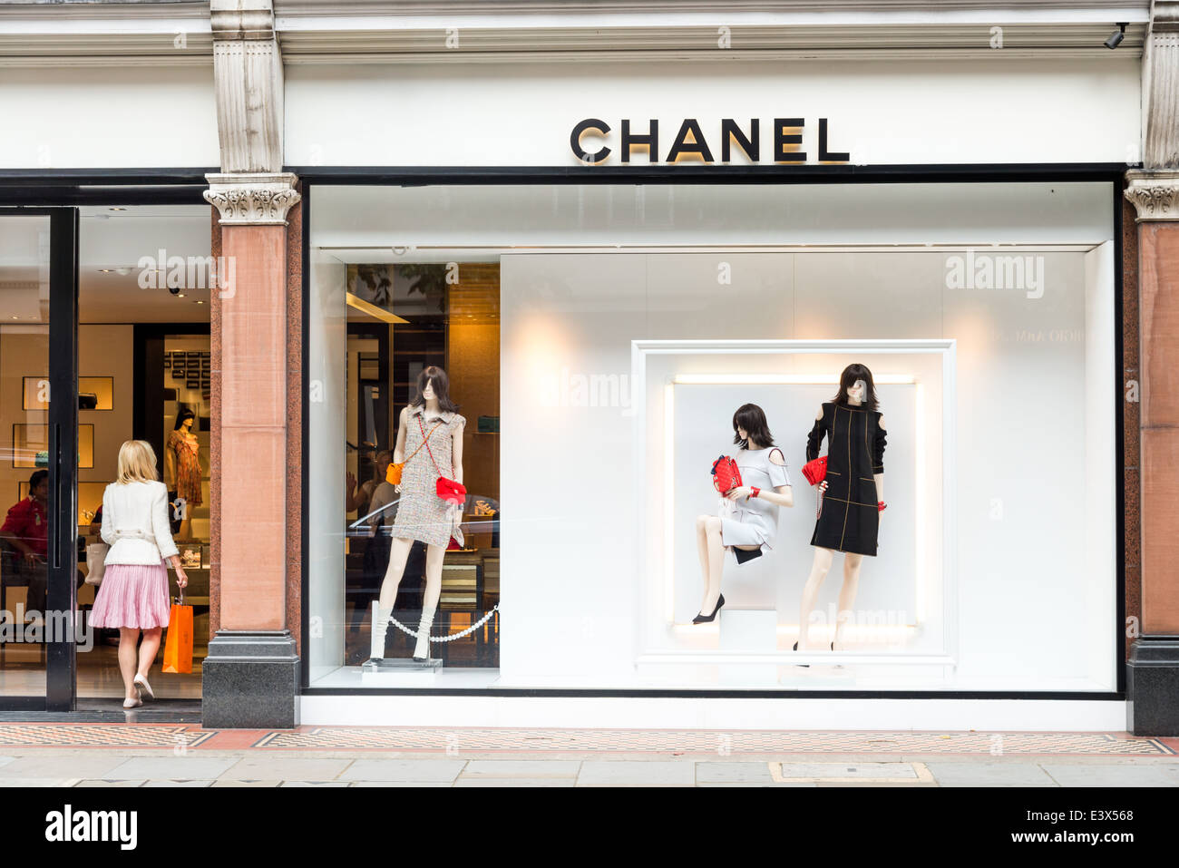 Holiday dresses for women women dresses - Chanel Luxury Designer Clothes Shop On Sloane Street London Stock
