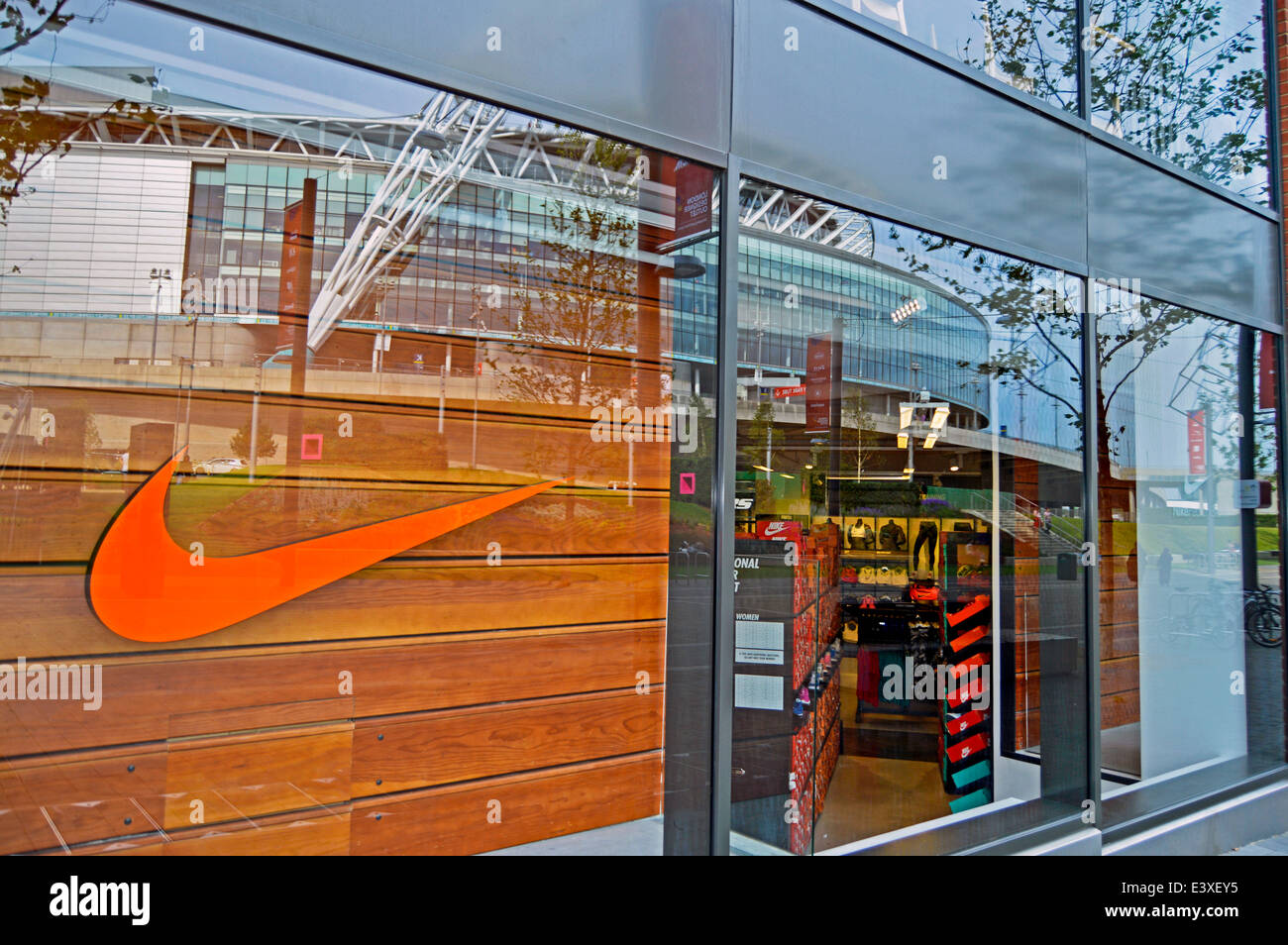 Nike Shoes Wembley Outlet