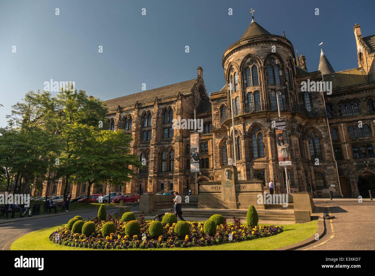 Main entrance to Glasgow University campus, University ...
