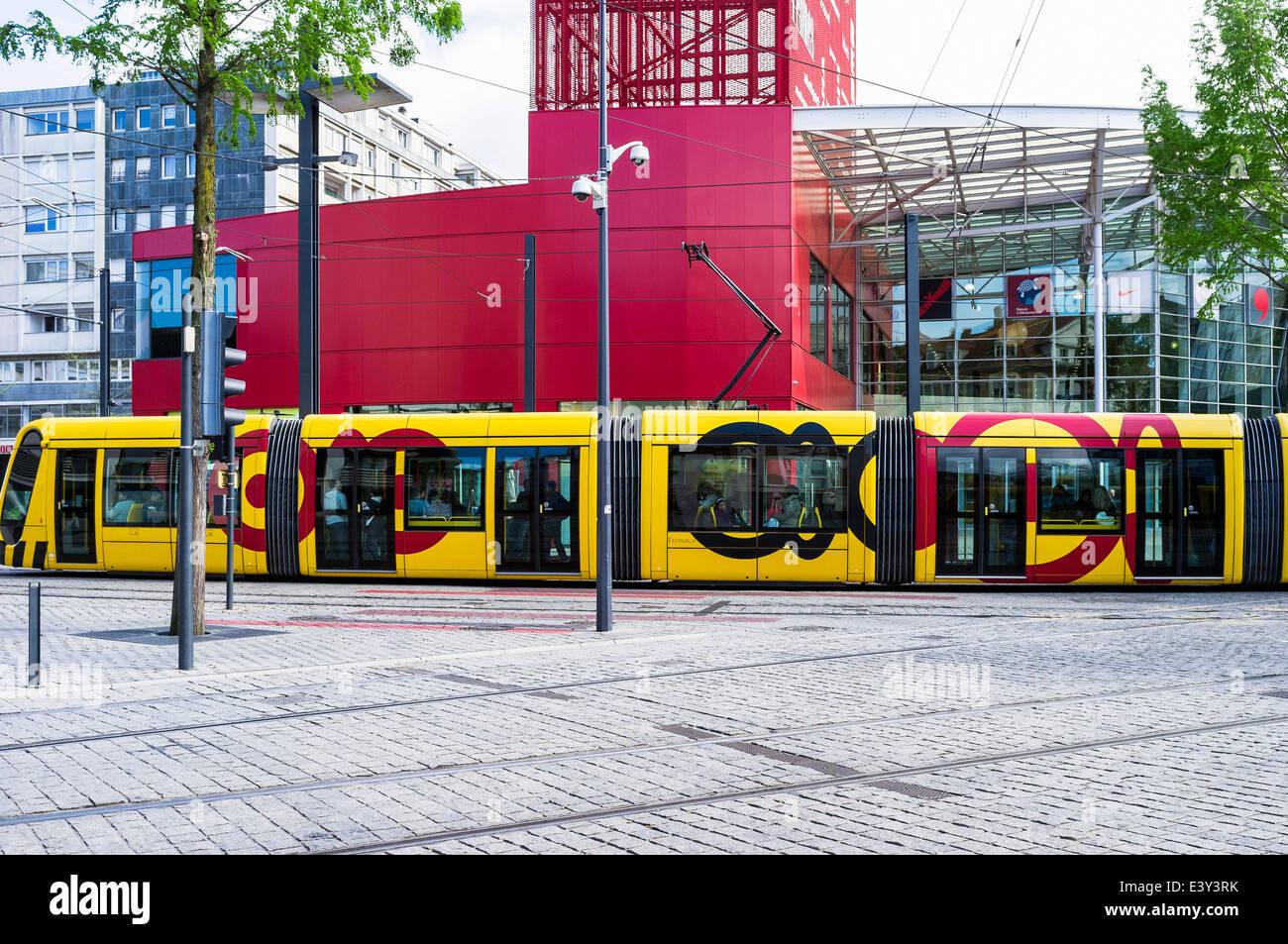 Tram at porte jeune shopping centre mulhouse alsace france for Porte jeune mulhouse