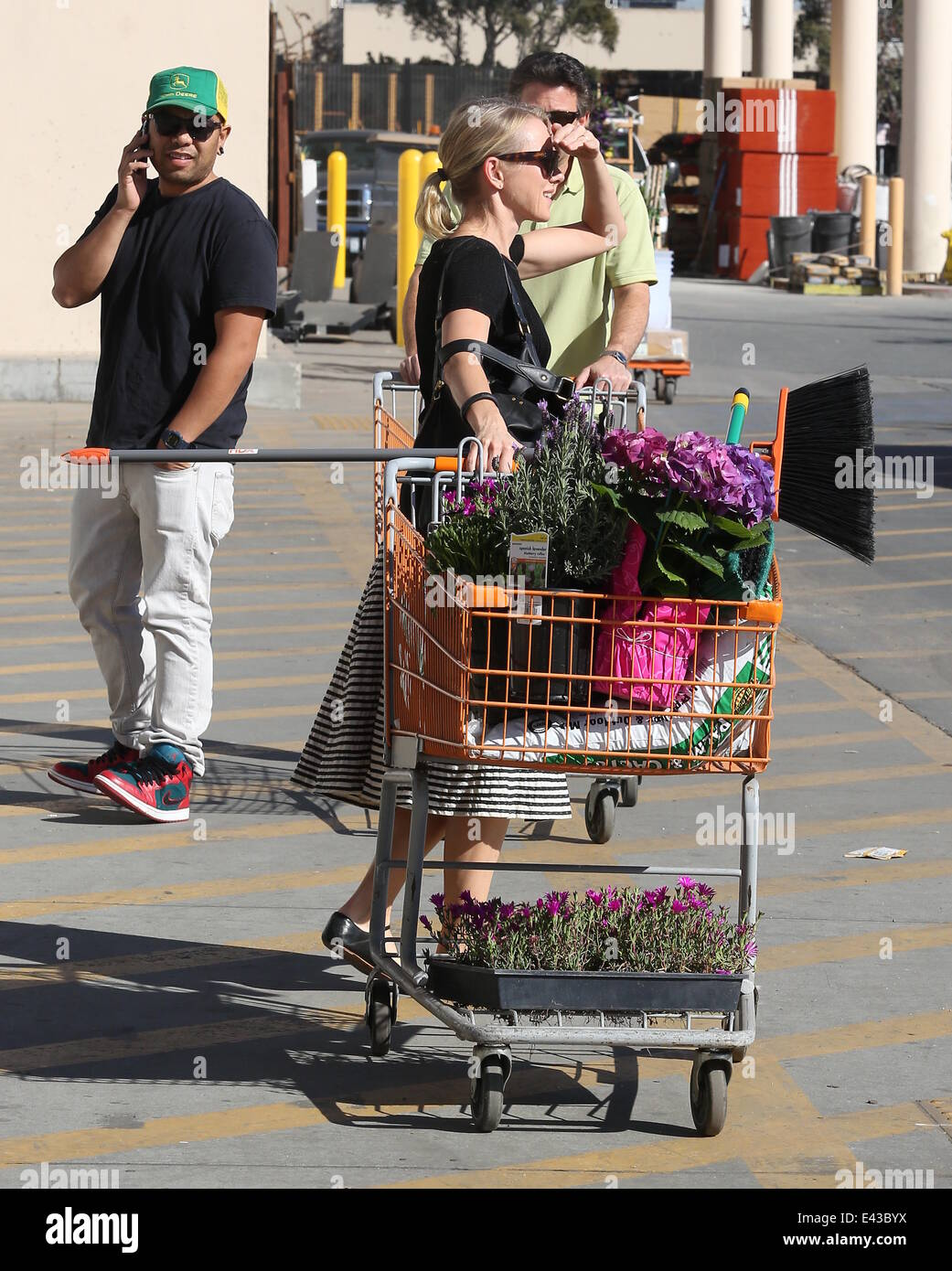 Naomi Watts buys flowers and plants at Home Depot Featuring: Naomi ...