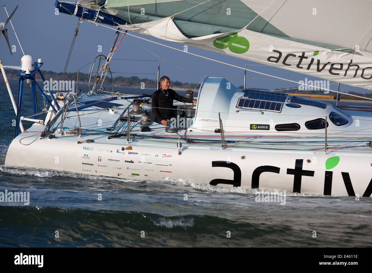 Skipper Derek Hatfield On Board Active House Finishing Sprint - All 5 oceans