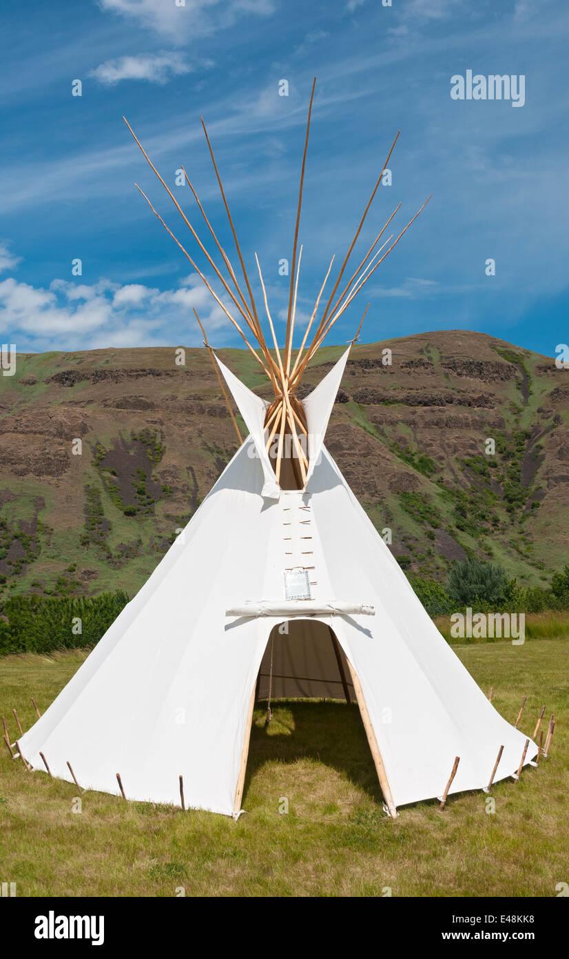 Idaho Spalding Nez Perce National Historical Park Tepee exhibit & Idaho Spalding Nez Perce National Historical Park Tepee exhibit ...