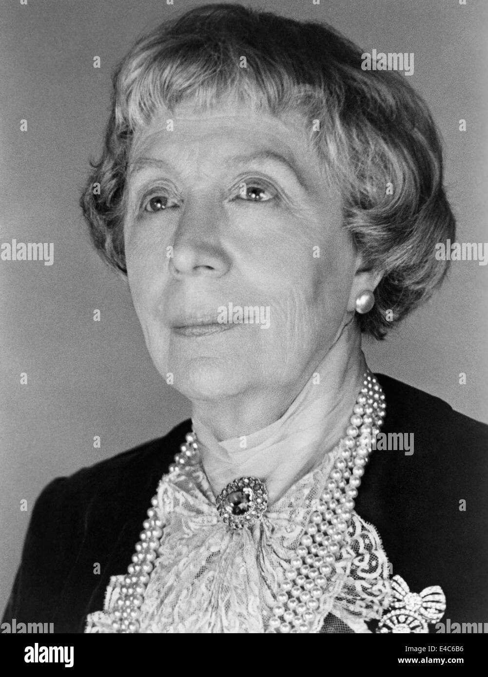 edith evans bullfighteredith evans titanic, edith evans actress, edith evans a handbag, edith evans asbury, edith evans movies, edith evans the whisperers, edith evans imdb, edith evans actor, edith evans quotes, edith evans films, edith evans youtube, edith evans kenneth williams, edith evans lady bracknell, edith evans hossell, edith evans interview, edith evans obituary, edith evans bullfighter, edith evans scrooge, edith evans michael redgrave, edith evans images