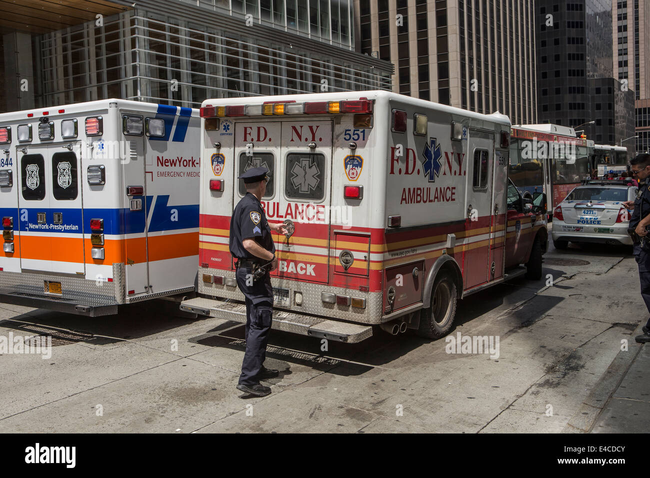 A new york city fire department bureau of ems ambulance is for Bureau new york
