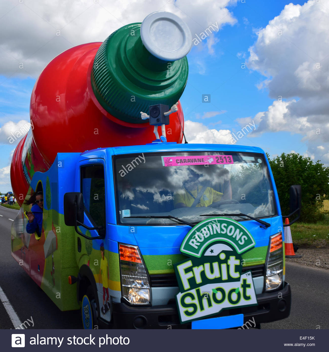Shoot the fruit - Robinsons Fruit Shoot Advertising Car Passes Through Hinxton On Stage 3 Of The Tour De France