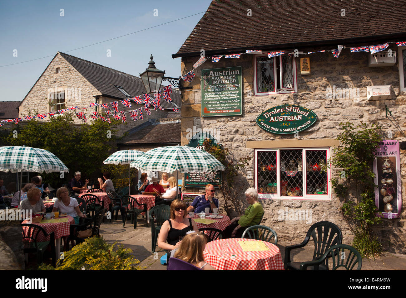 bakewell women Meet bakewell (derbyshire) women for online dating contact uk girls without registration and payment you may email, chat, sms or call bakewell ladies instantly.