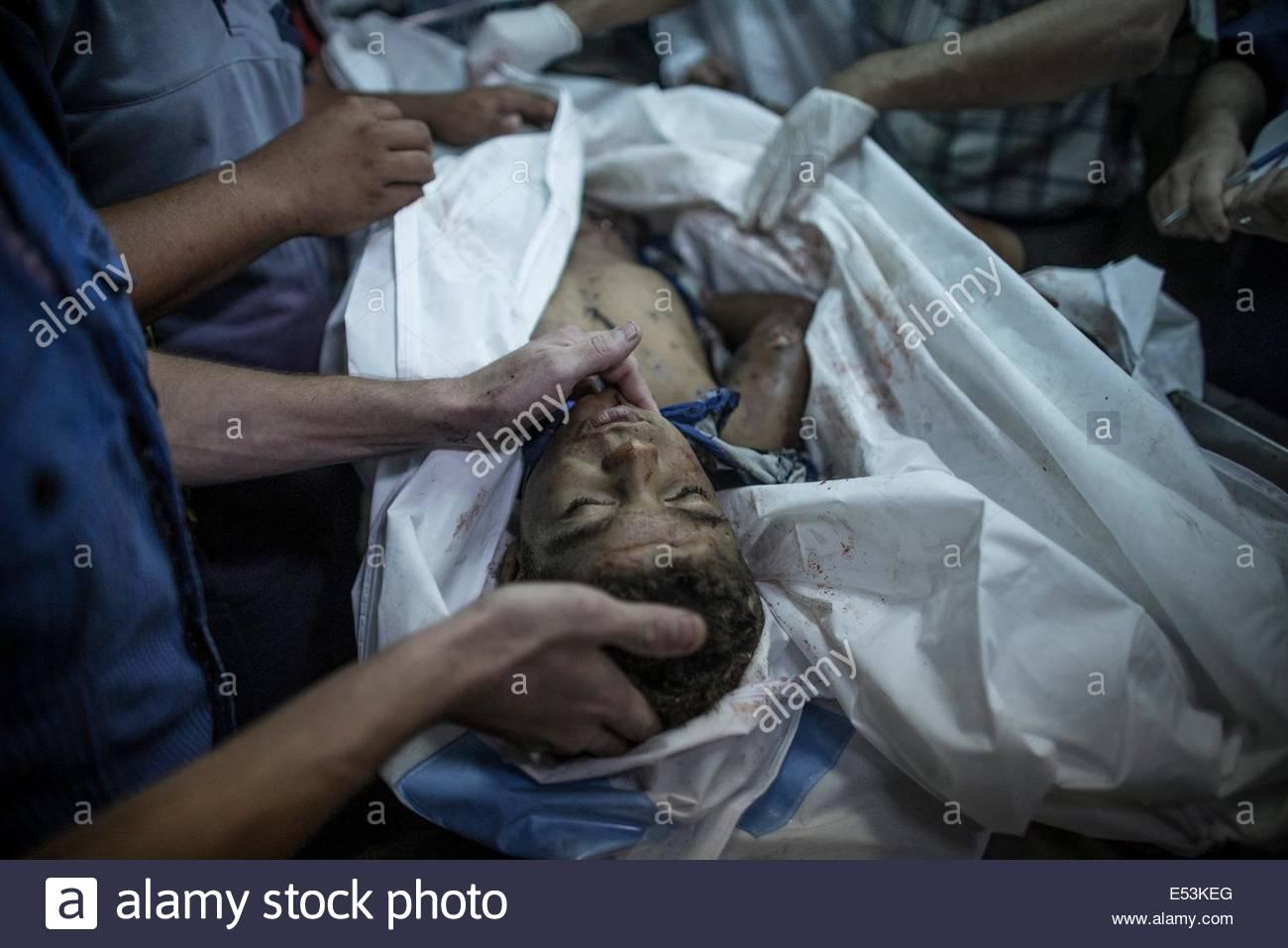 teen male dead bodys