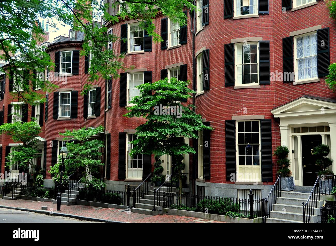 Boston massachusetts 19th century brick homes with front for Massachusetts home builders