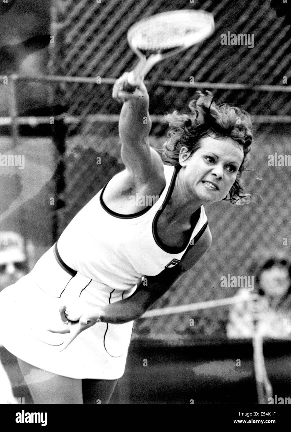 CHICHESTER ENGLAND TENNIS CHAMP EVONNE GOOLAGONG CAWLEY IN Stock
