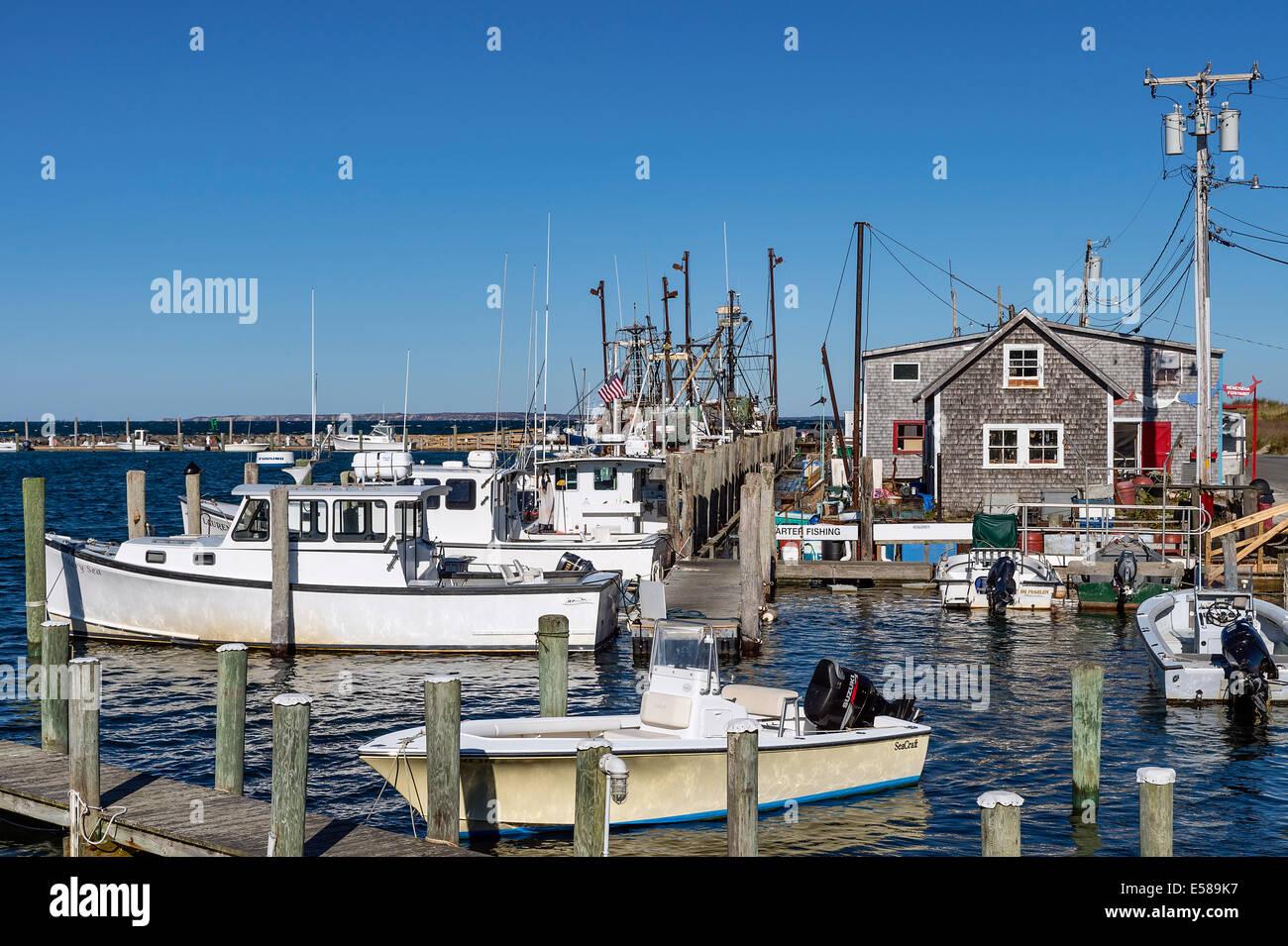 Quaint fishing village of menemsha chilmark martha 39 s for Martha s vineyard fishing charters