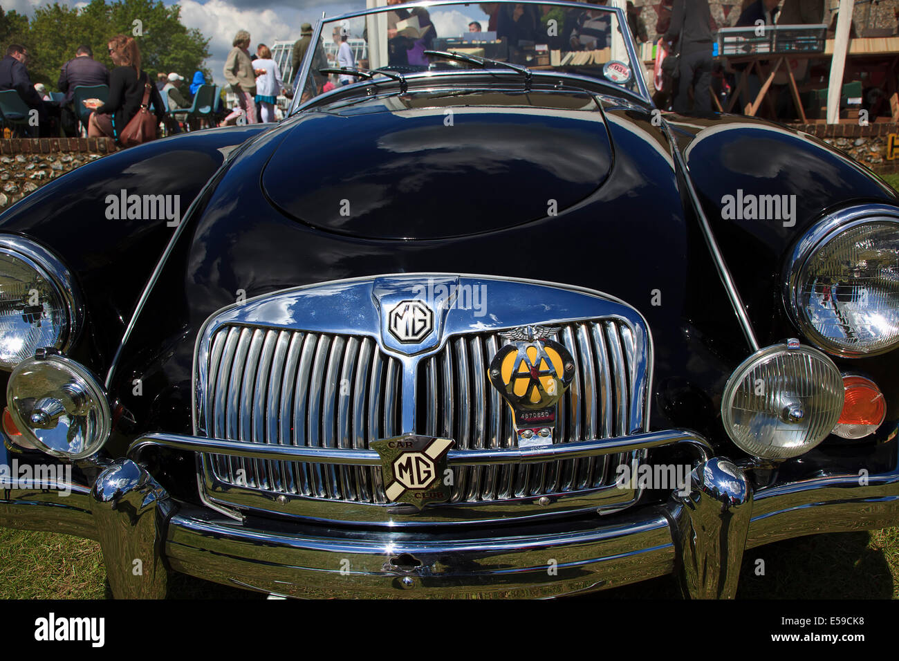 Transport, Cars, Old, Classic car show, Radiator grill of MG showing ...