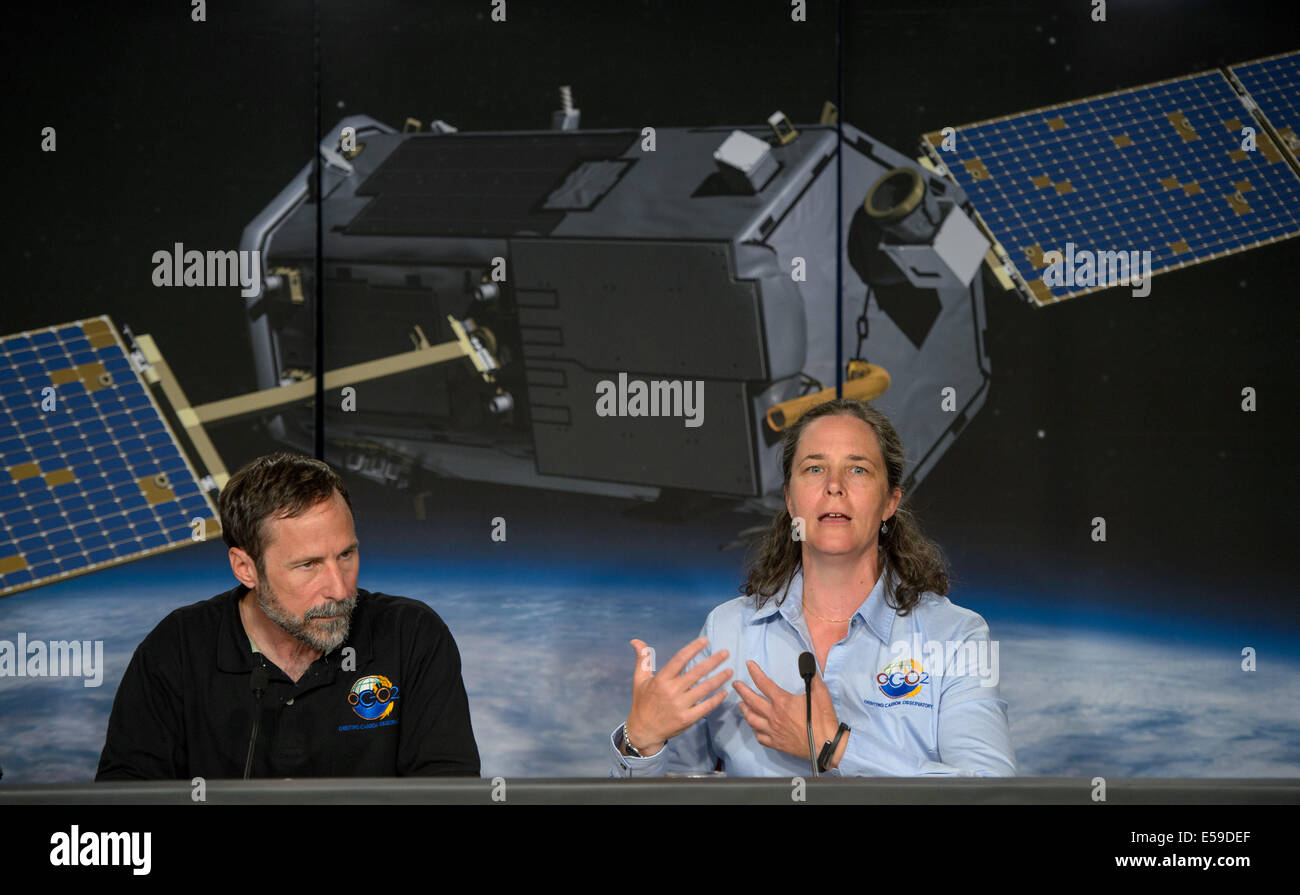 dave crisp oco 2 science team leader jpl left and annmarie dave crisp oco 2 science team leader jpl left and annmarie eldering oco 2 deputy project scientist jpl are seen during a