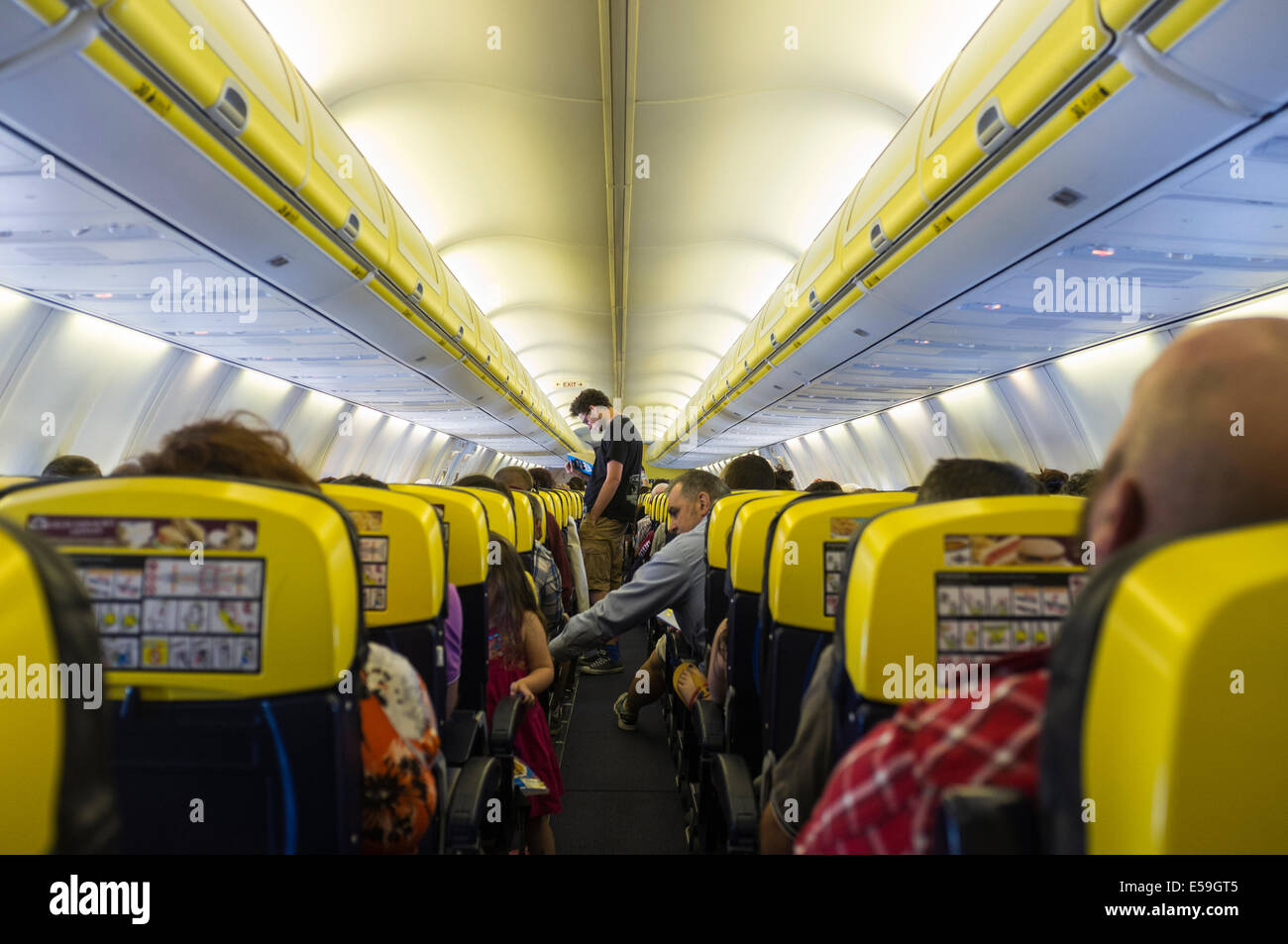 Ryanair Boeing 737 800 Cabin Interior Stock Photo Royalty