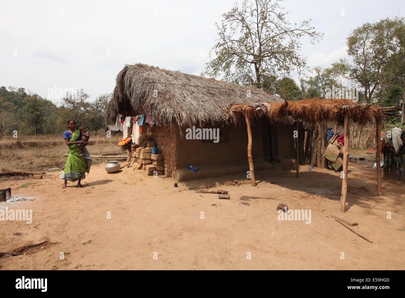 Tribal house abhuj maria tribe mandali village for Tribal house