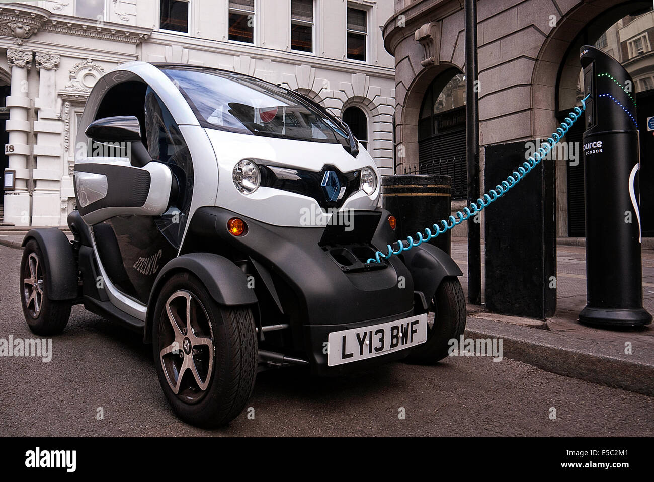 renault twizy electric car on charge in covent garden london stock photo royalty free image. Black Bedroom Furniture Sets. Home Design Ideas
