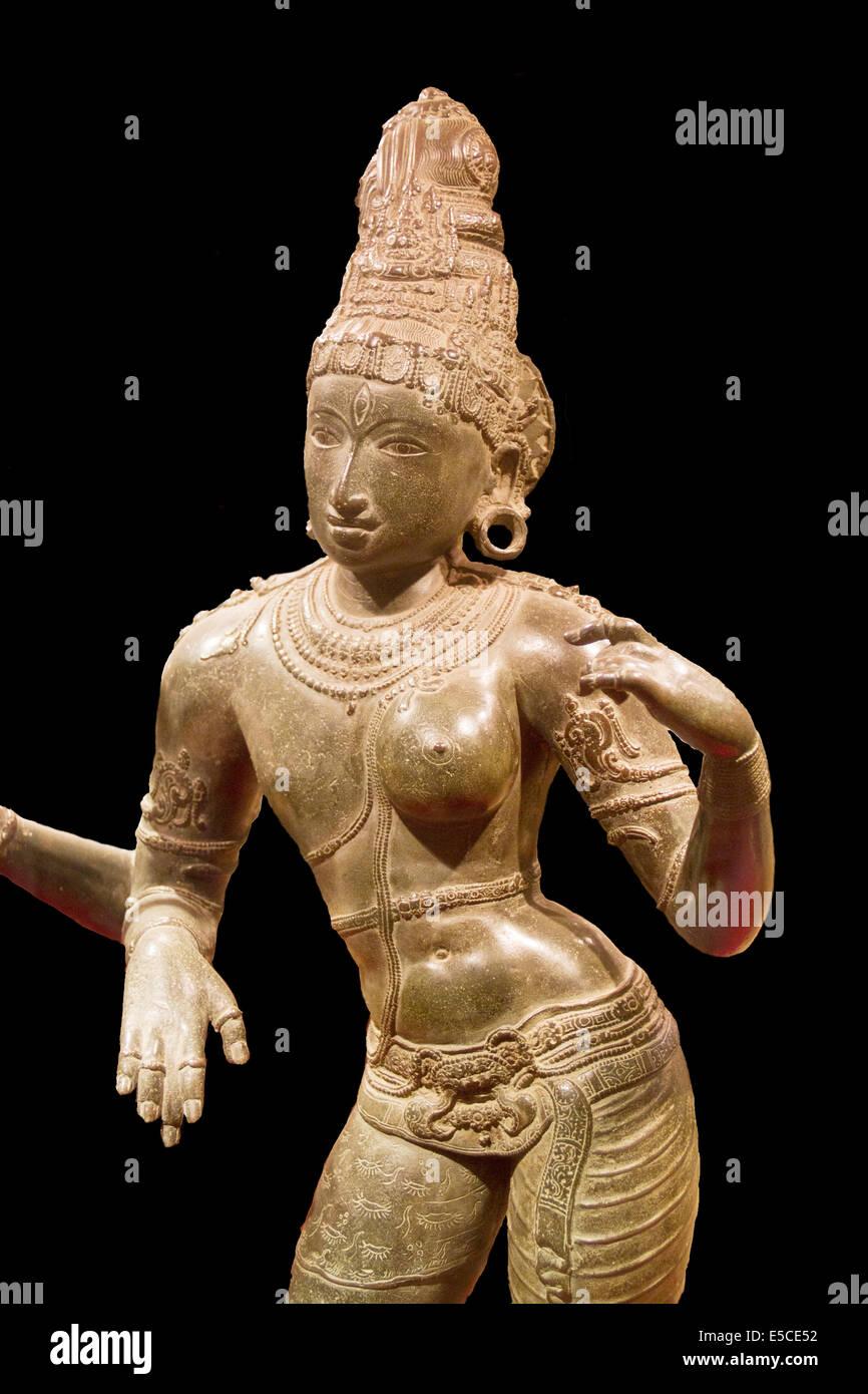 Statue of Shiva as half man and half women ... - photo#48