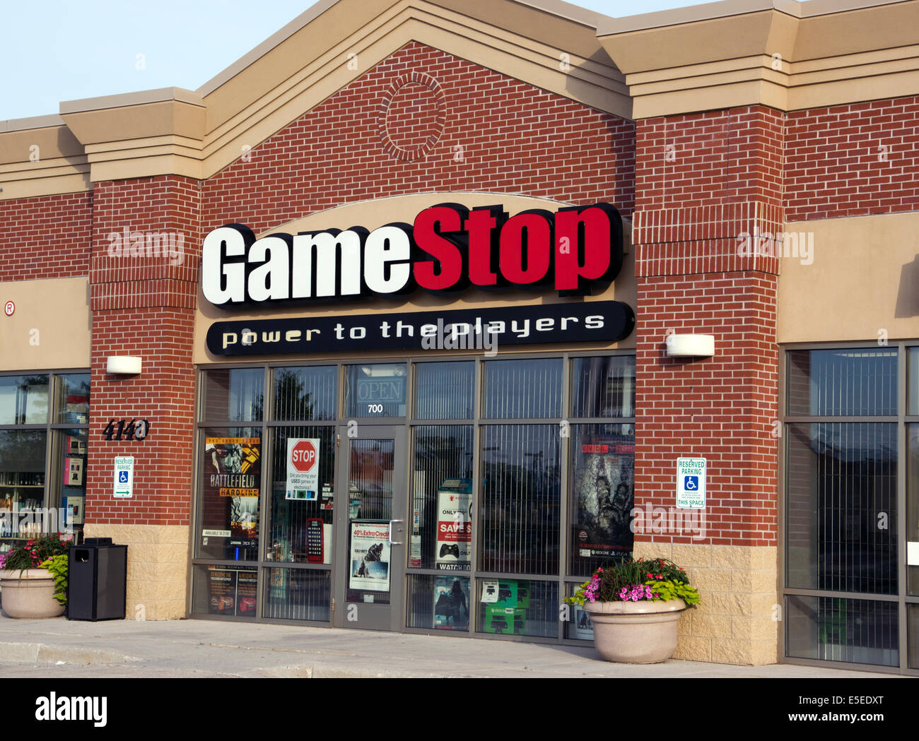 GameStop store front in retail mall Stock Photo, Royalty ...  GameStop store ...