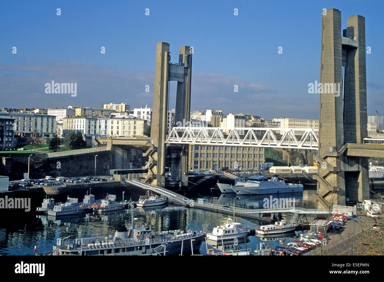 France bretagne finistere nord brest pont de - Surplus militaire brest port de commerce ...
