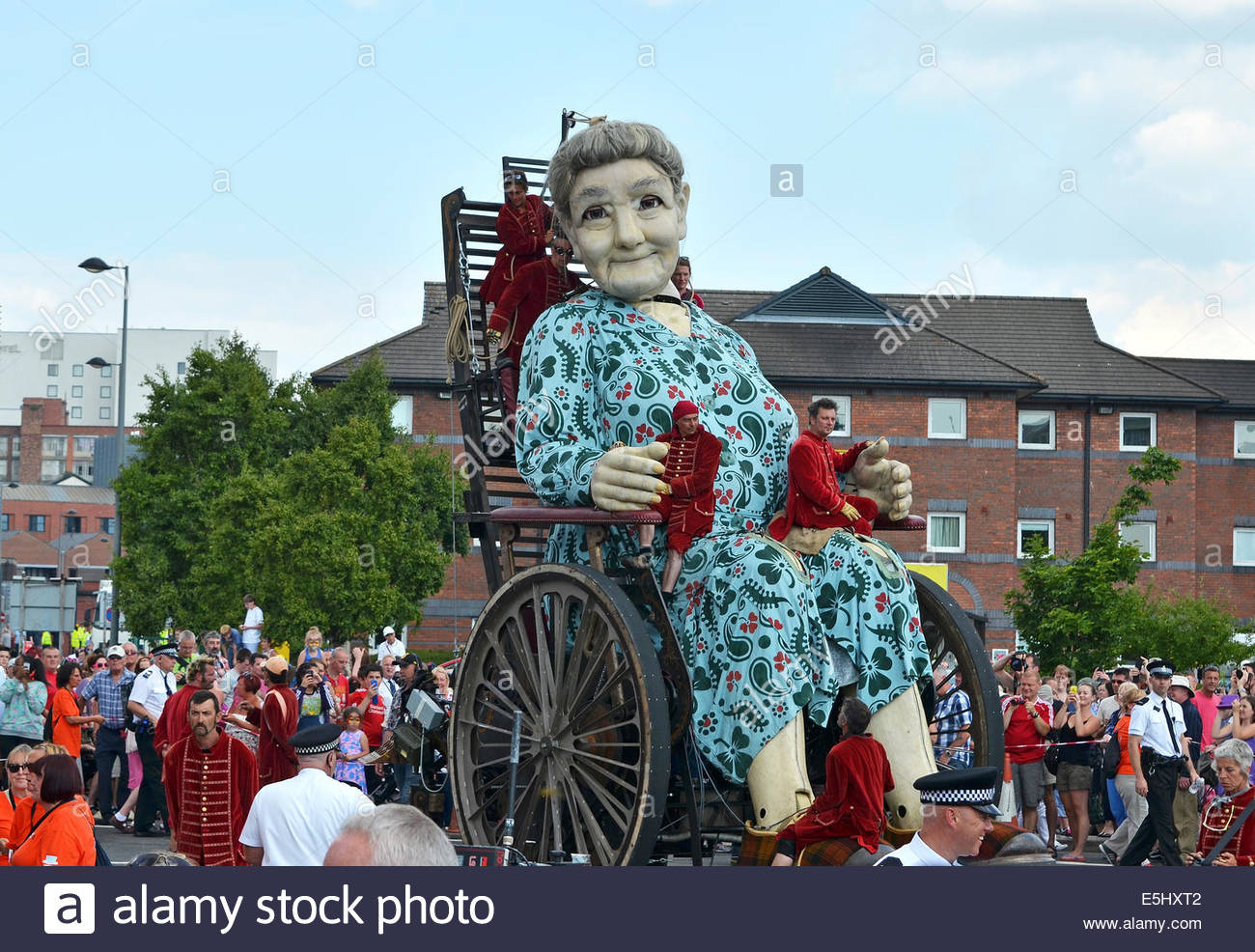 grandma one of the royal de luxe giants in liverpool uk as part stock photo royalty free. Black Bedroom Furniture Sets. Home Design Ideas