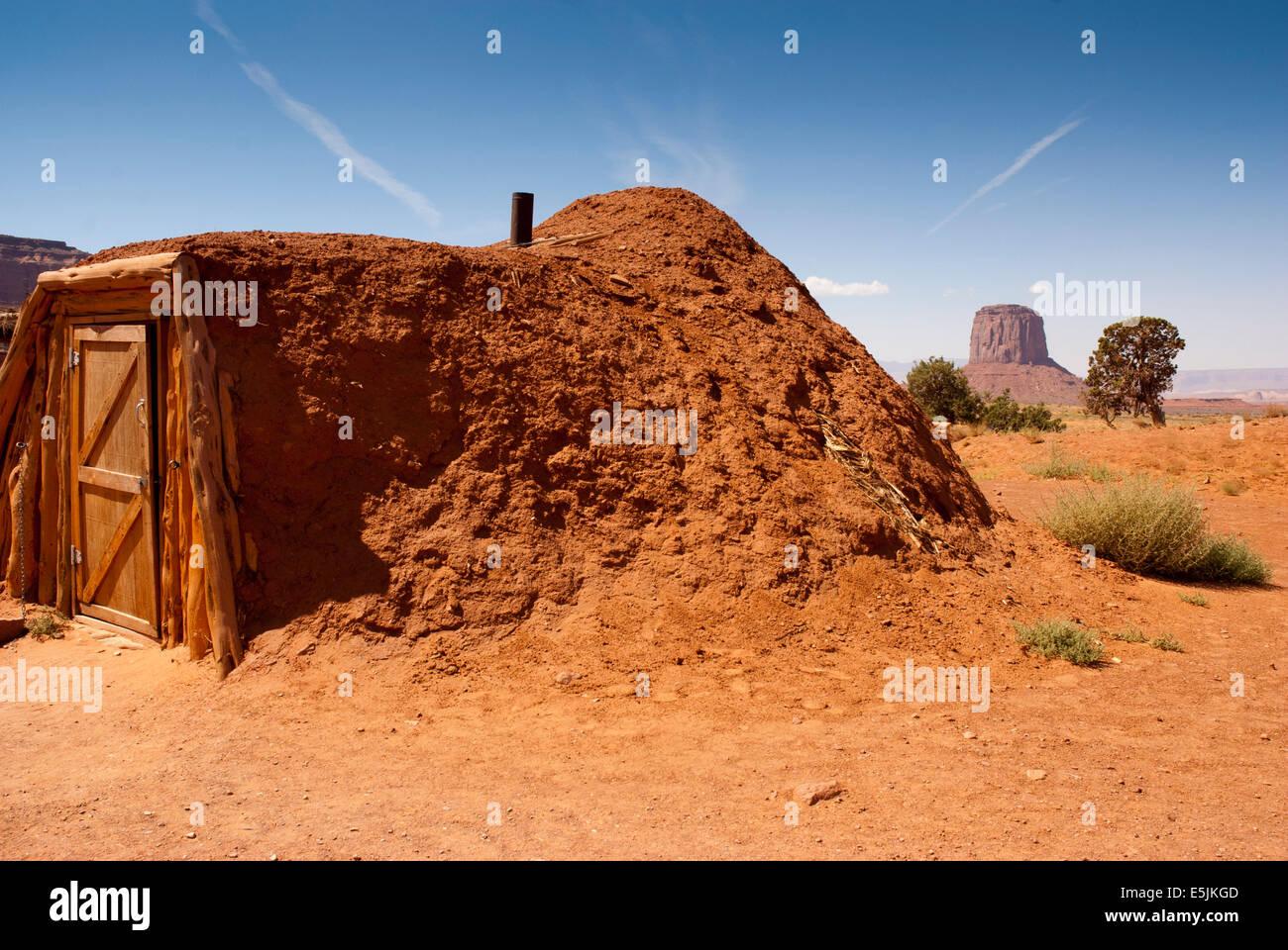 Men`s Hut in Monument Valley Navajo Tribal Park, Arizona, USA ...
