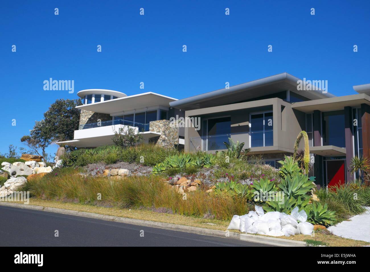 Modern Beach House On The Avalon Bilgola Border On Sydney