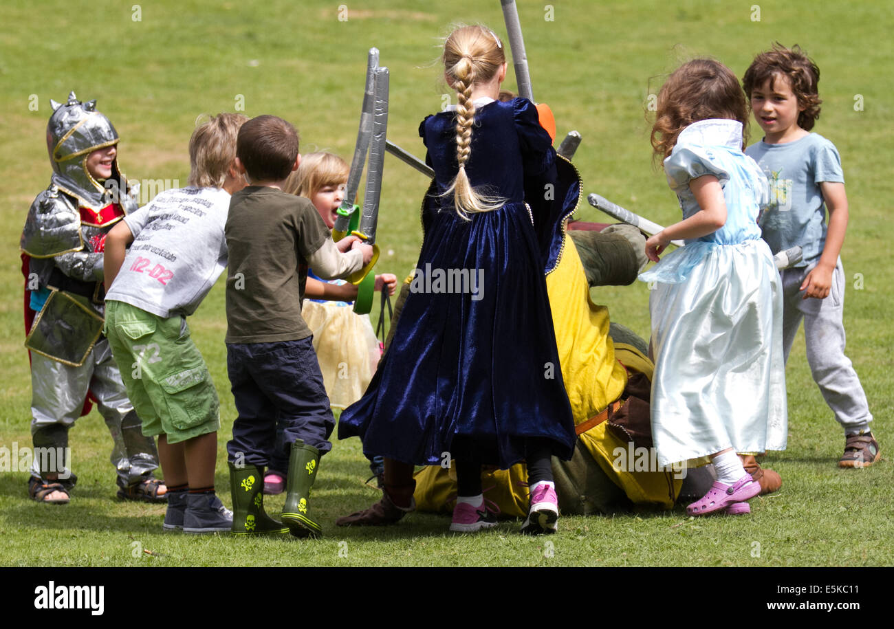 Beeston cheshire uk 3rd august 2014 a medieval knights tournament held at beeston castle in cheshire england historia normannis a 12th century early