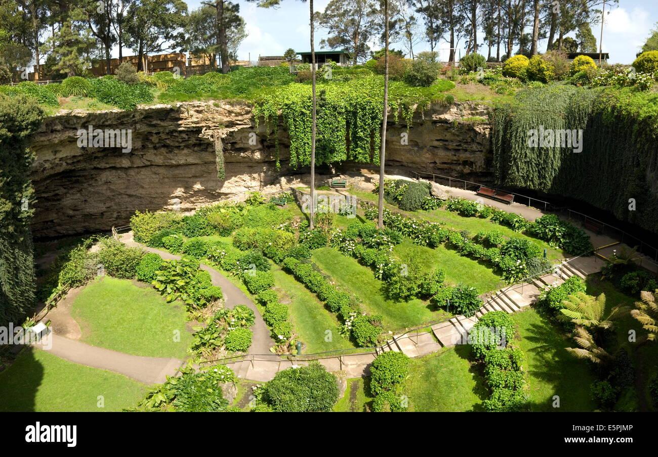 Uncategorized Terraced Gardens victorian terraced gardens in umpherston sinkhole limestone mount gambier south australia pacific
