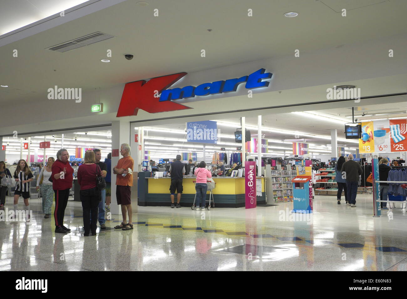 Almost 80 Sears, Kmart stores closing before Christmas.