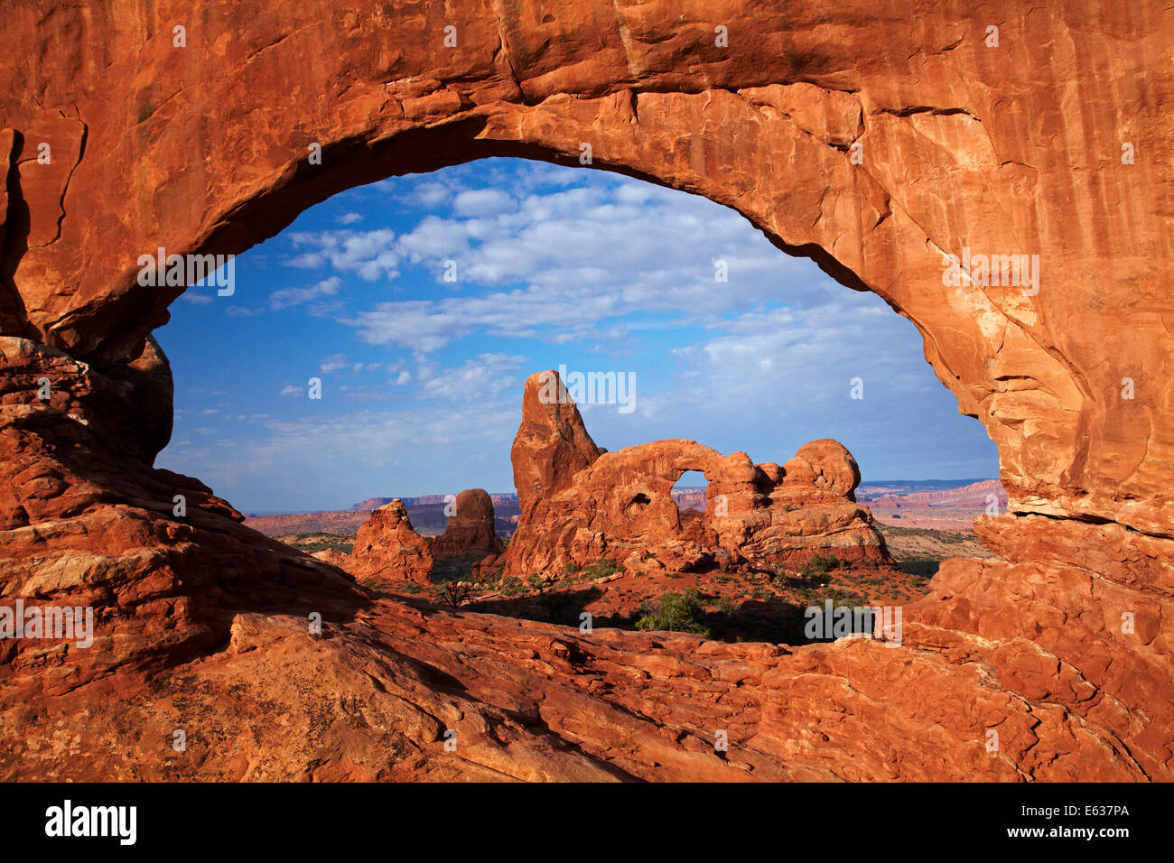Turret Arch, seen through North Window in The Windows Section ...