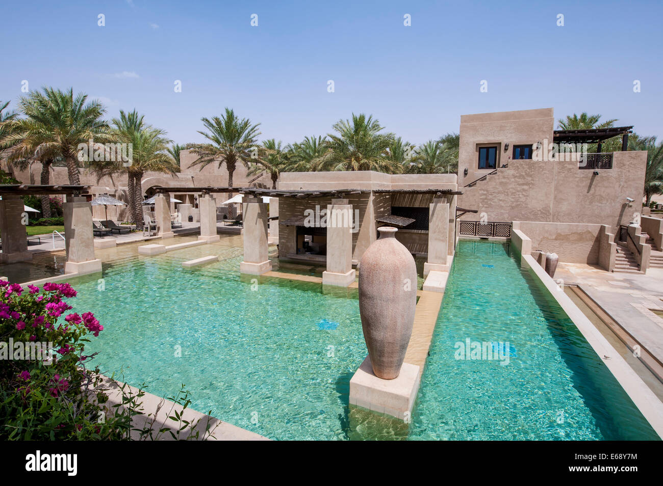 Swimming pool deck patio area at the bab al shams desert for Pool and spa show dubai