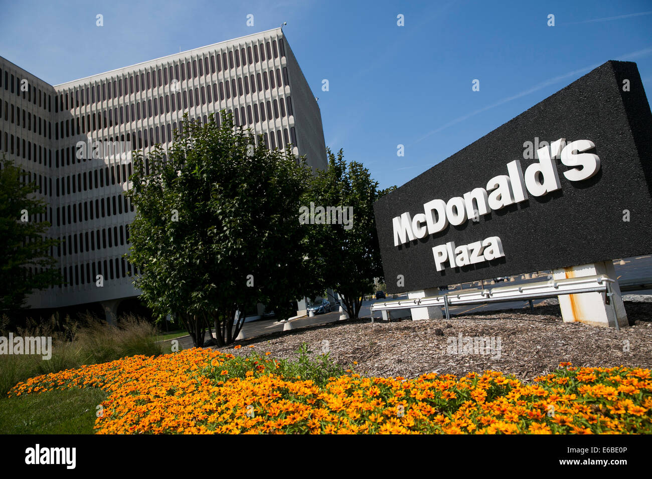 The headquarters of mcdonald 39 s in oak brook illinois stock photo royalty free image 72781878 - Where is mcdonald s head office located ...
