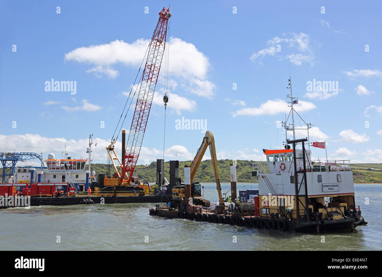 Offshore Marine Photos : Offshore marine cable laying operation in the solent uk