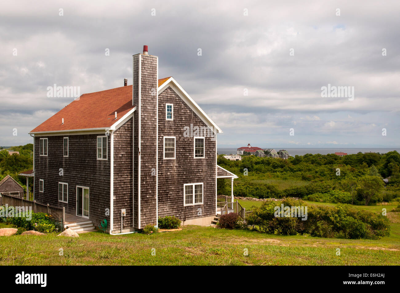 Cedar shingle beach house on block island rhode island Beach houses in rhode island