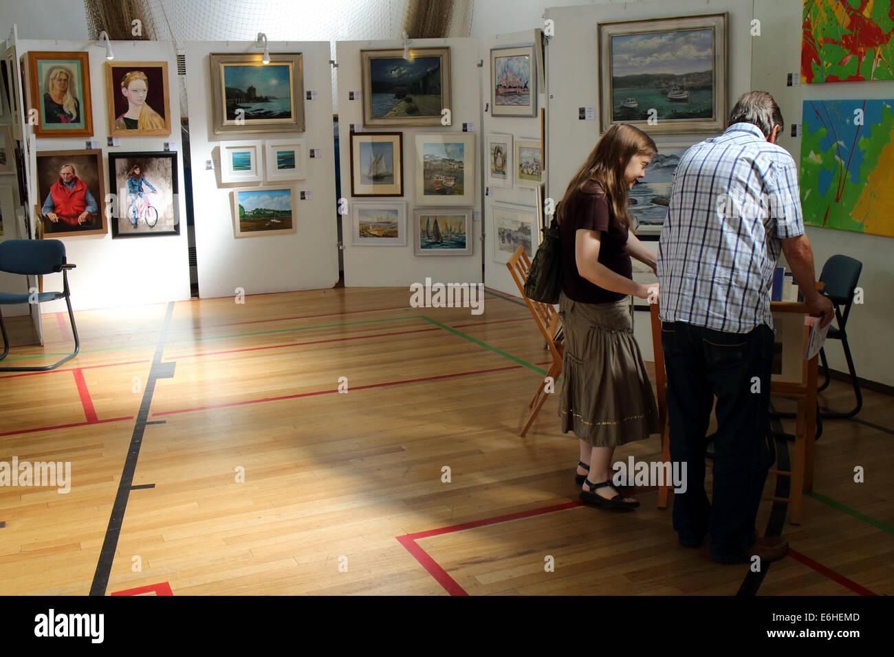 amateur exhibition
