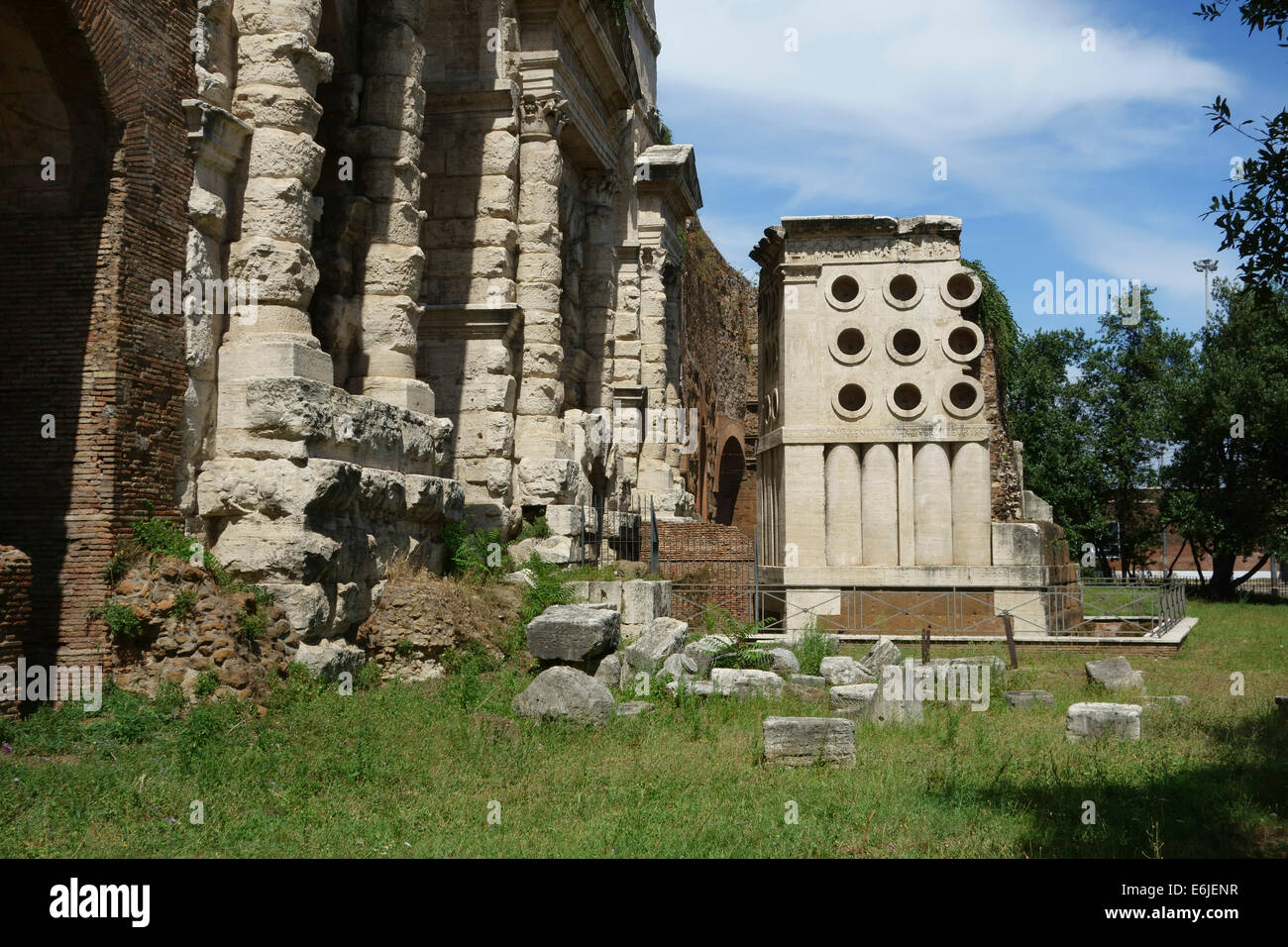 Tomb of the baker eurysaces next to the porta maggiore - Roma porta maggiore ...