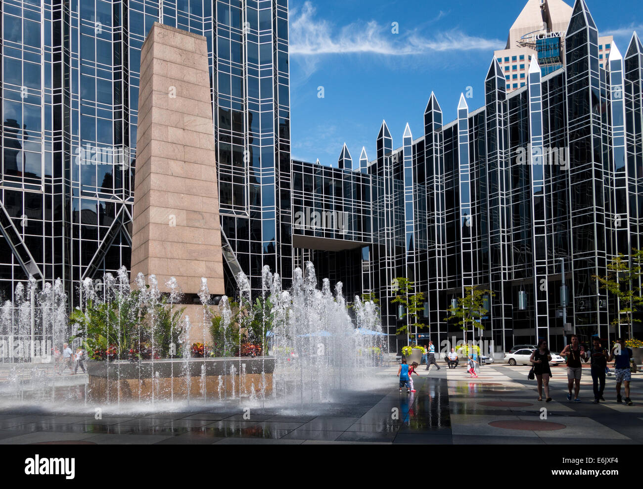 ppg place stock photos u0026 ppg place stock images alamy
