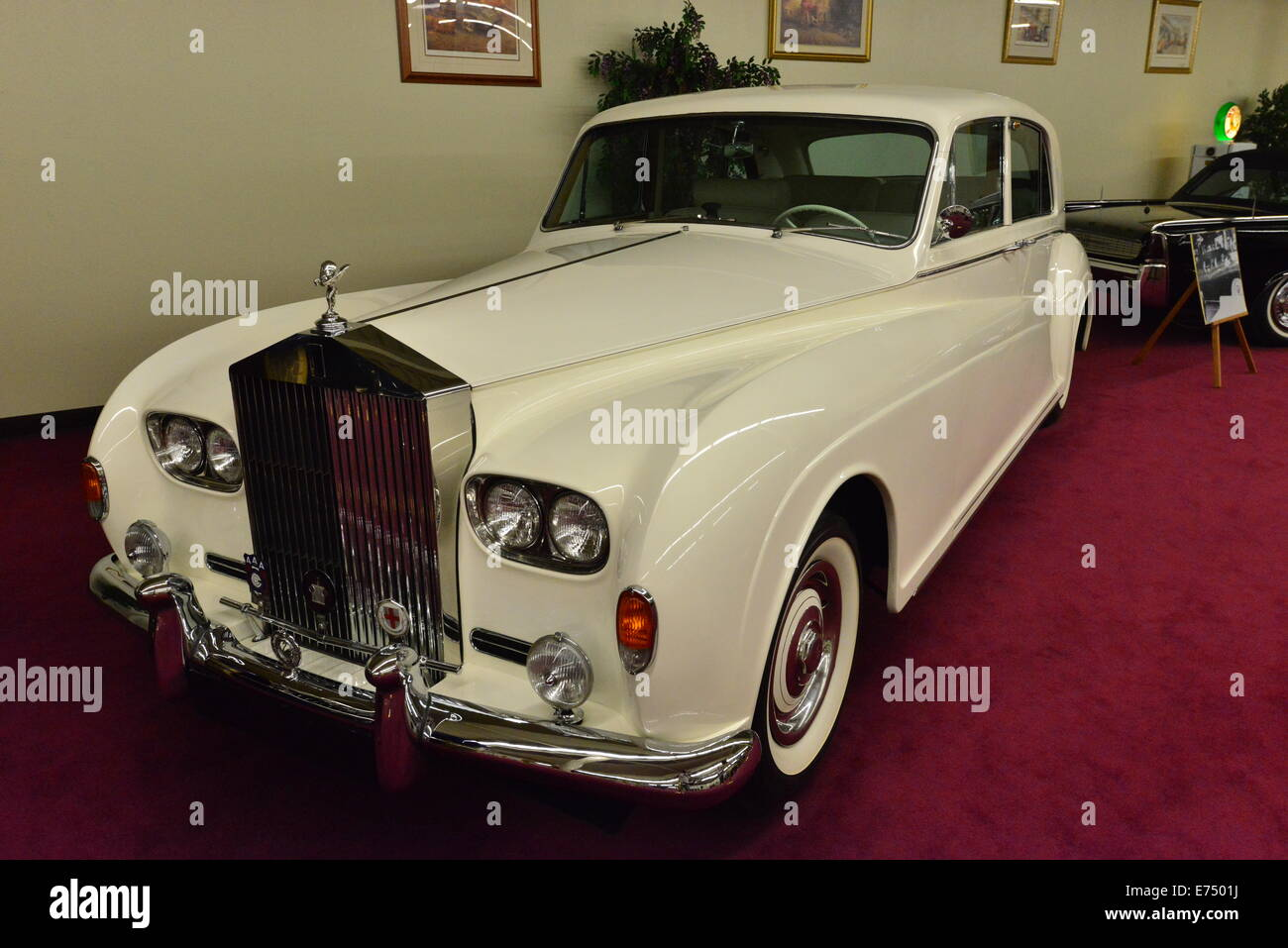 A classic Rolls Royce at a car showroom in las Vegas Stock Photo ...