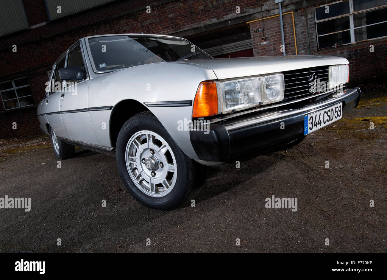 peugeot 604 french classic car early 80s model stock photo royalty free image 73298282 alamy. Black Bedroom Furniture Sets. Home Design Ideas