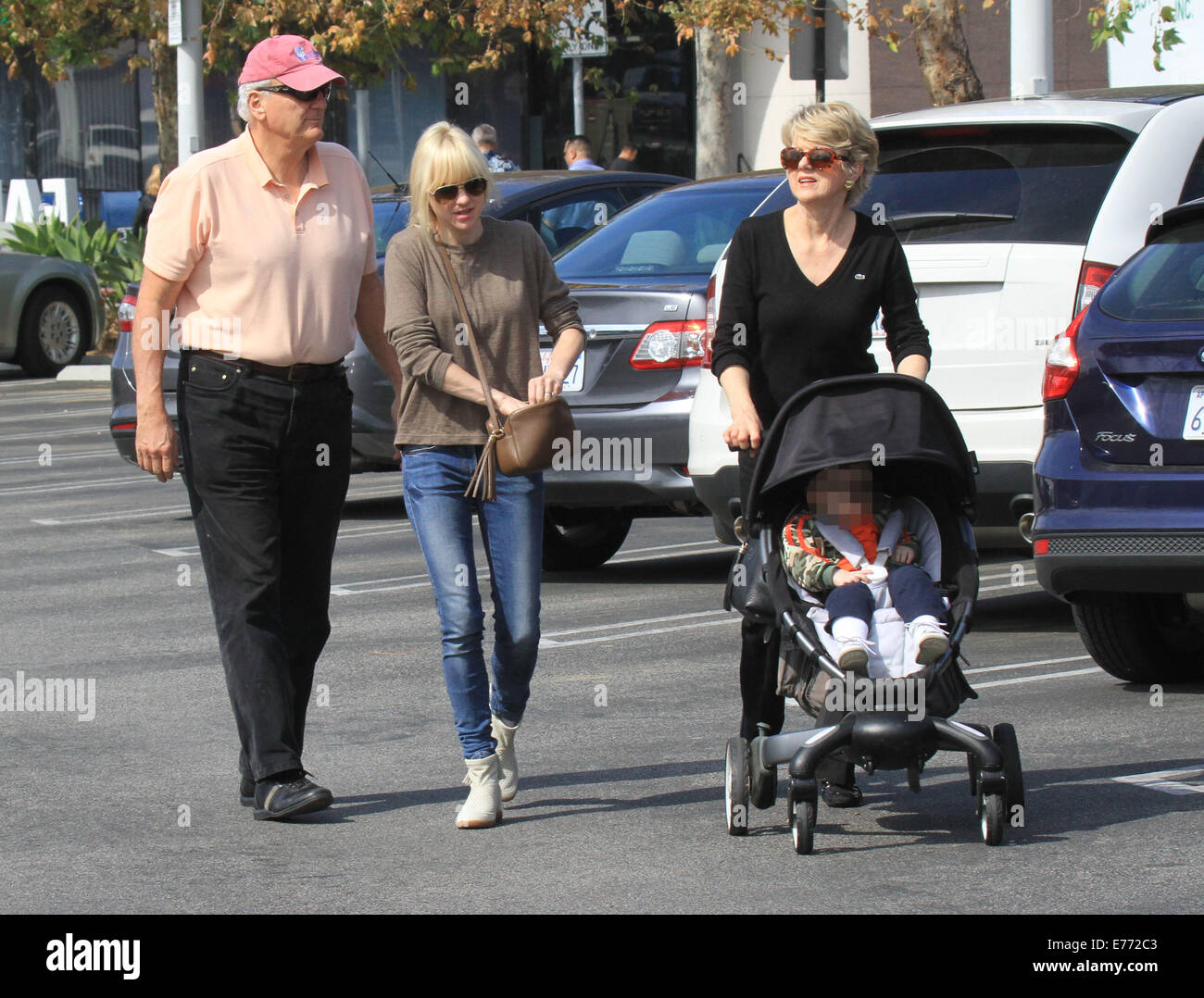 west hollywood single parents Visit west hollywood health center for family planning services, including std testing and abortions make an appointment with planned parenthood.