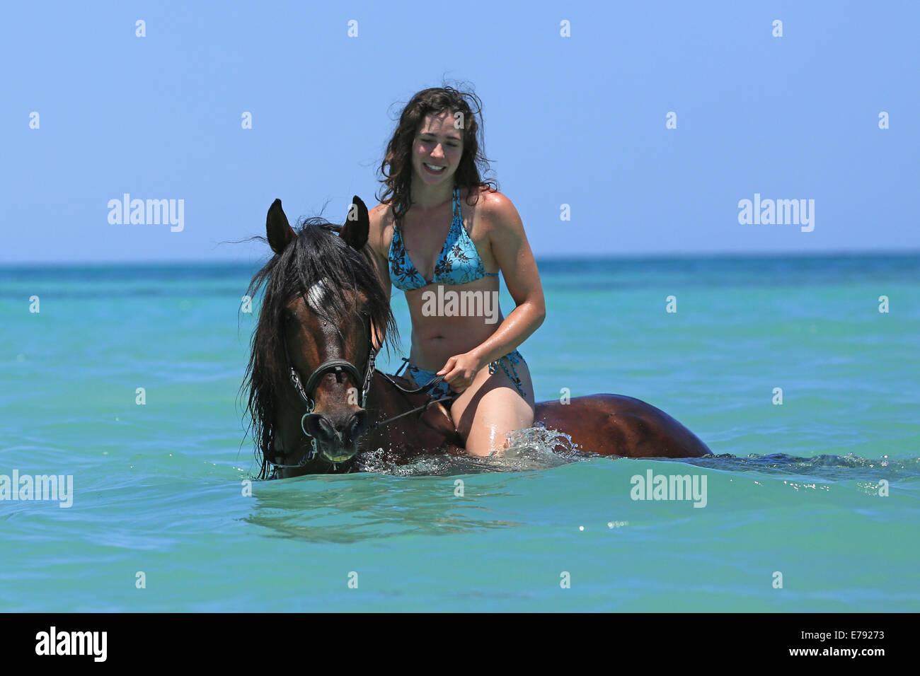 Bikini Riding 81
