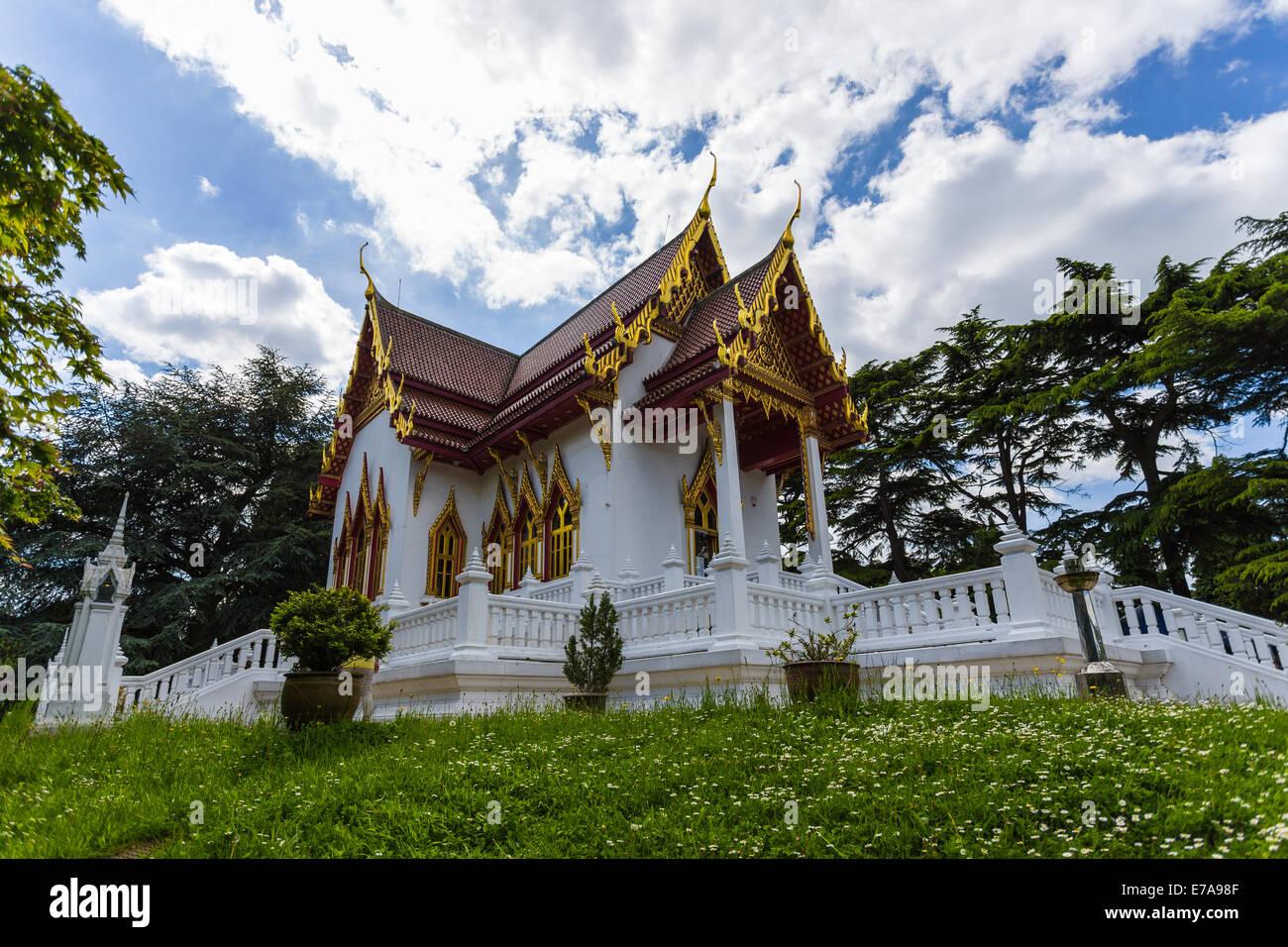 buddhapadipa buddhist temple wimbledon parkside london england united kingdom