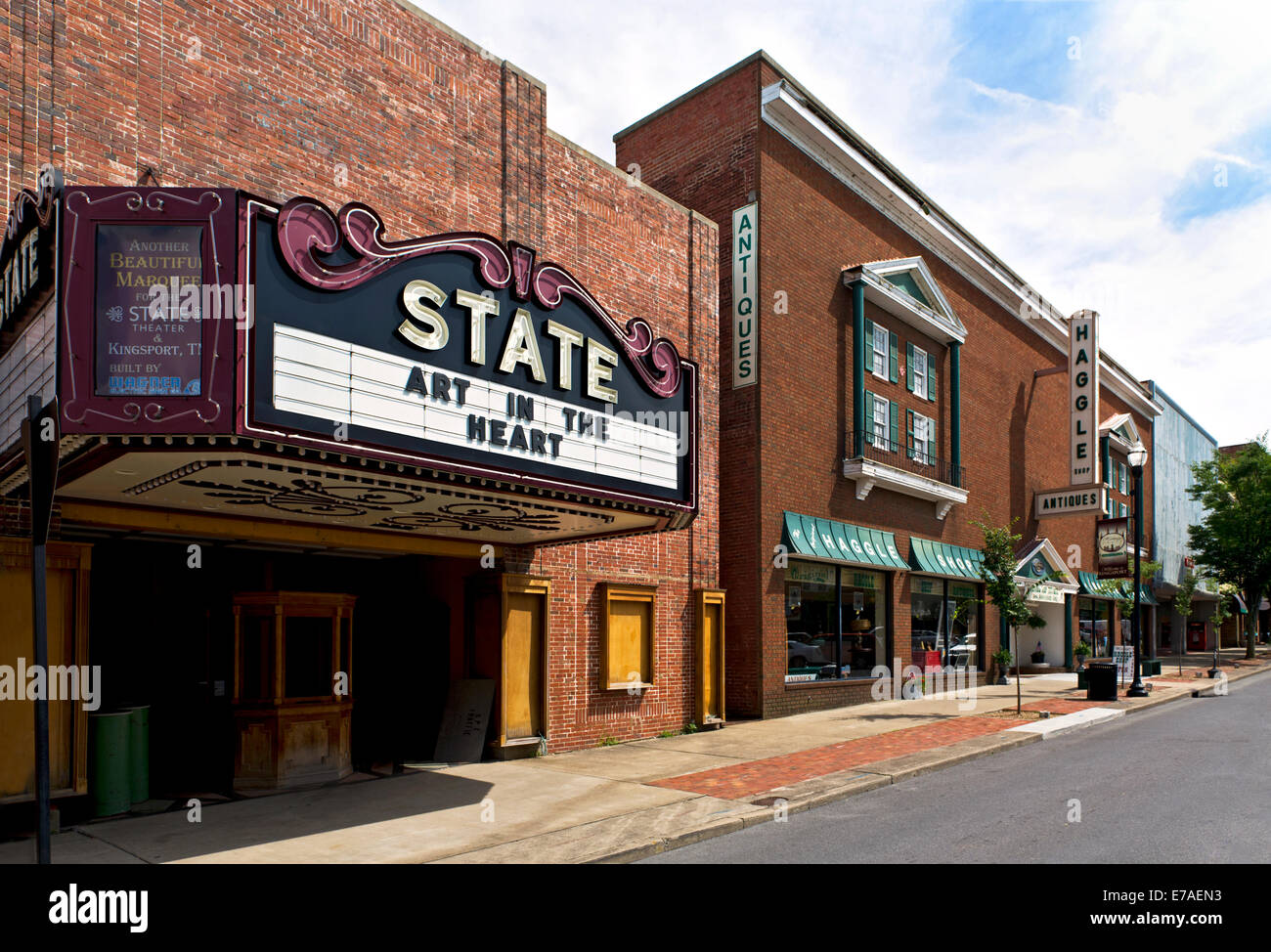 the old state theater building and marquee kingsport