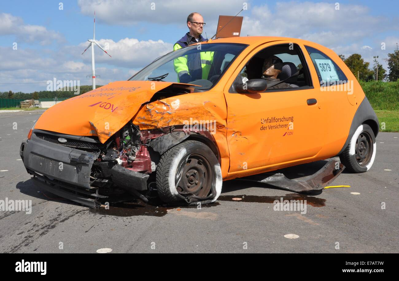 Cool Car Accident Simulation Pictures Inspiration - Electrical and ...